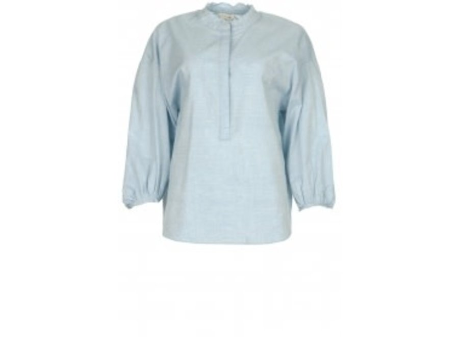Cammy Blouse in Light Blue (43)
