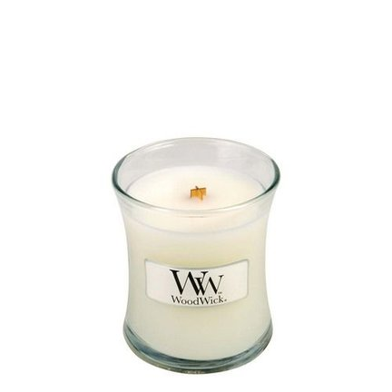 Woodwick Baby Powder candles