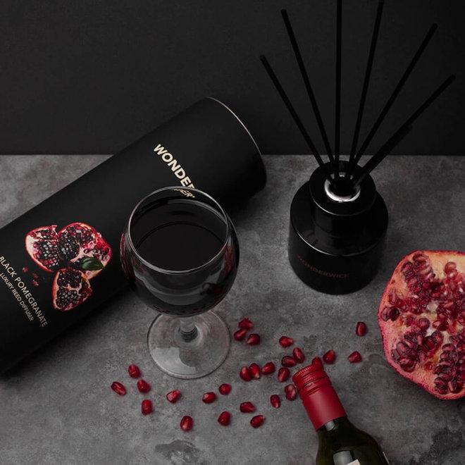 geurstokjes Black Pomegranate zwart