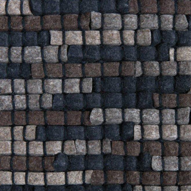 Rug Stone