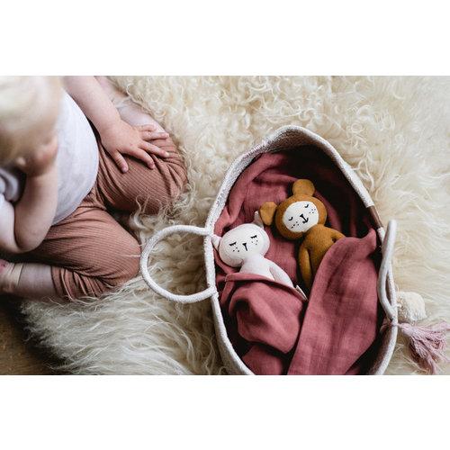 Fabelab Fabelab zachte knuffel rammelaar | Roze konijn