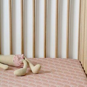Swedish Linens Swedish Linens | Seashells Terracotta Pink | 60x120 hoeslaken ledikant formaat