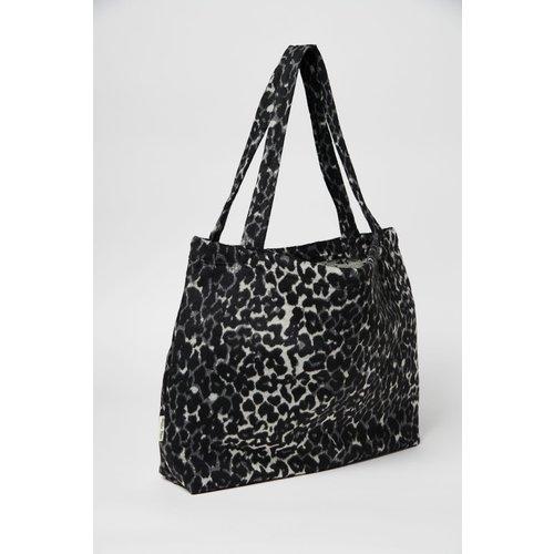 Studio Noos Studio Noos | Black Jaguar mom-bag