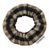 Mingo | Flannel Checked Scrunchie | Caramel Black