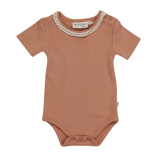 Blossom Kids Blossom Kids | Romper met kant SS | Deep toffee