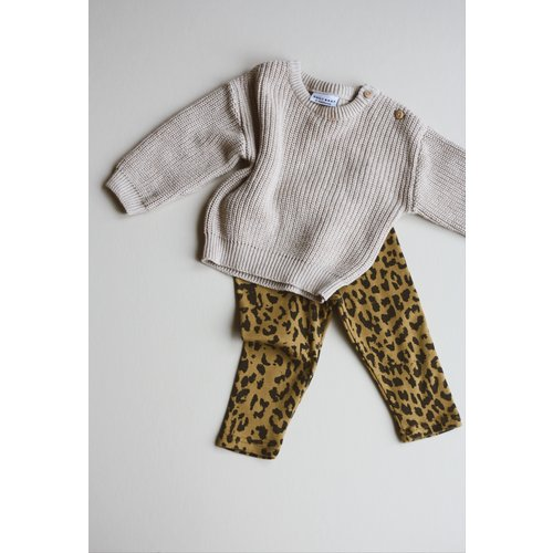 Daily Brat Daily Brat | Leopard pants | Broekje sandstone