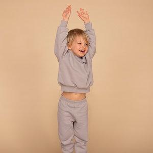 &C x REVIVE &C x Revive | Kids sweater BOY | Grijs | Let's go
