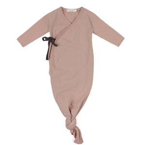 Phil & Phae Phil & Phae | Knotted baby gown | Slaapzak vintage blush
