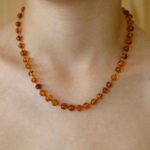 Orange and Amber Orange and Amber | Amber / Barnsteen ketting 36cm