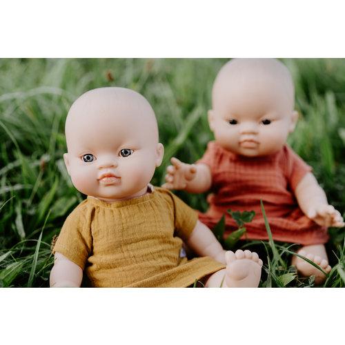 Paola Reina Paola Reina | Gordi Babypop Meisje | Aziatisch met blauw/grijze ogen