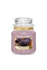 Yankee Candle Dried Lavender & Oak Medium Jar