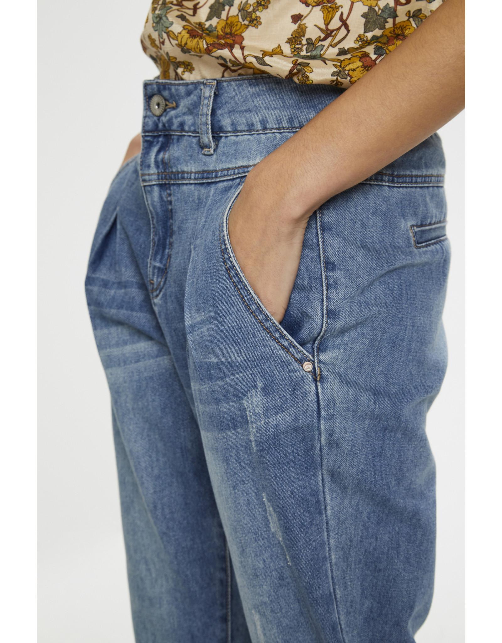 Cream Bonnie Jeans