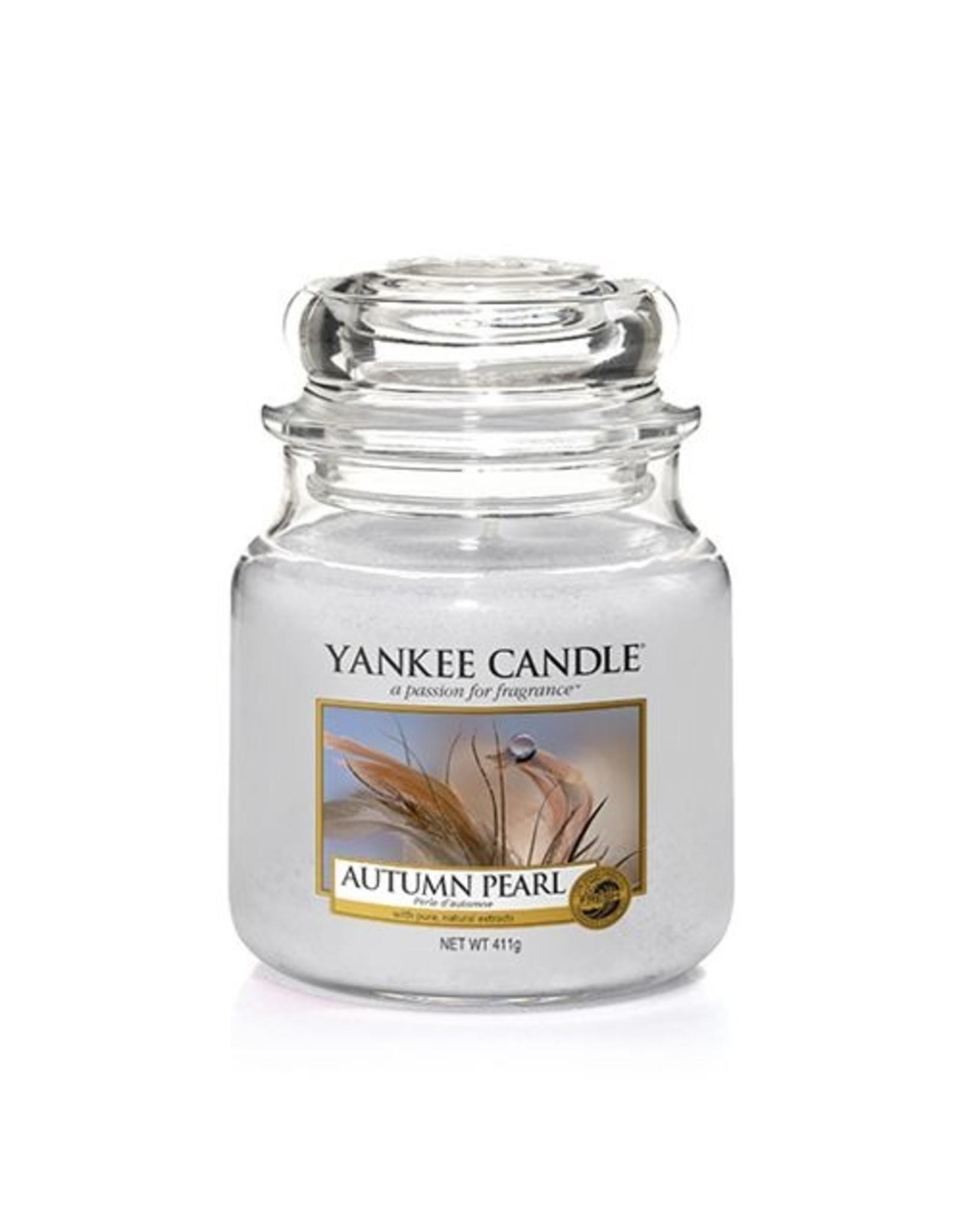 Yankee Candle Autumn Pearl Medium Jar