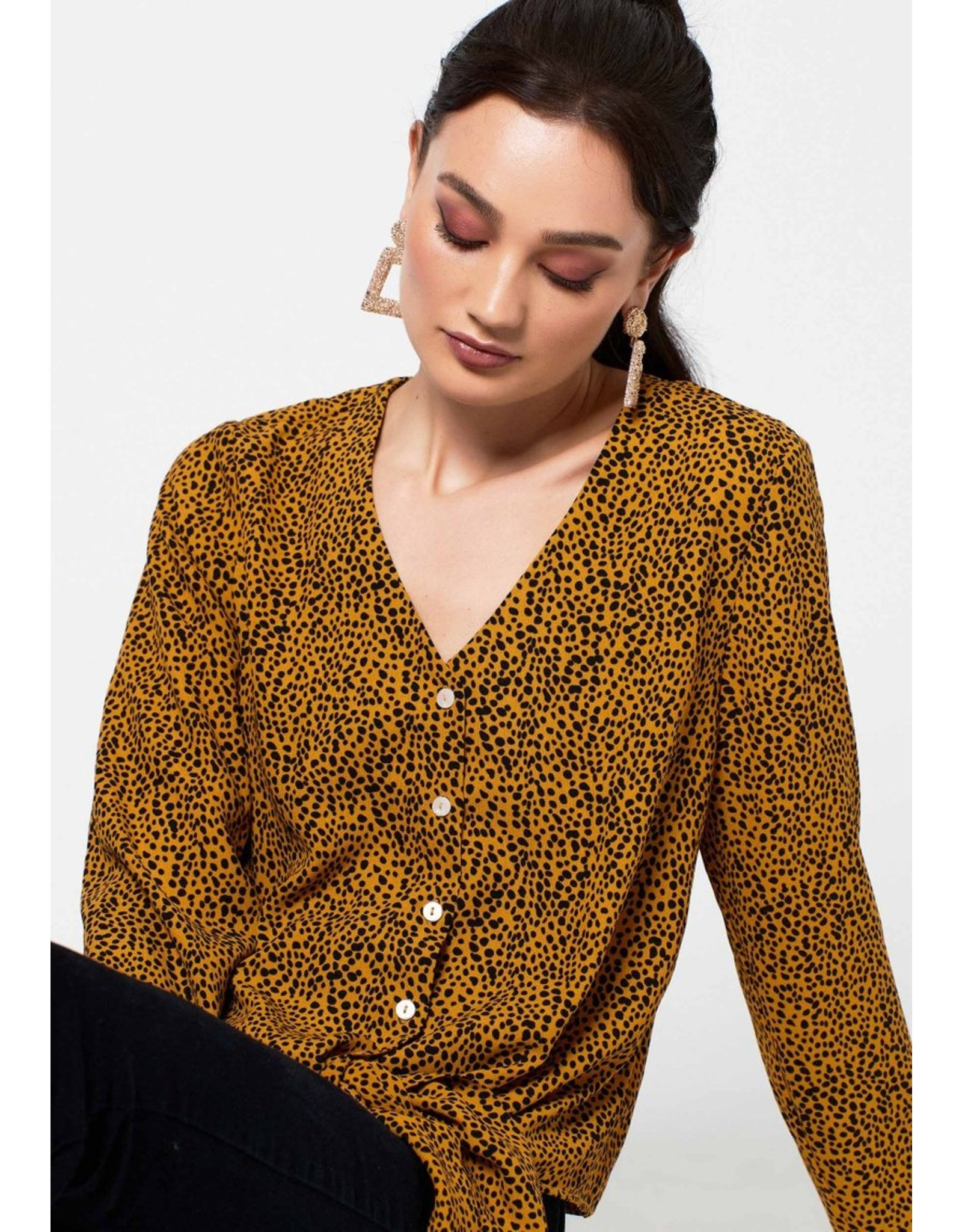 Rut&Circle Stella Knot Shirt