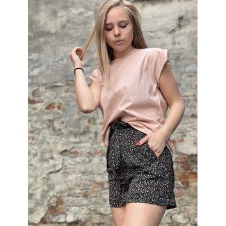 Lofty manner Short Savannah Pink