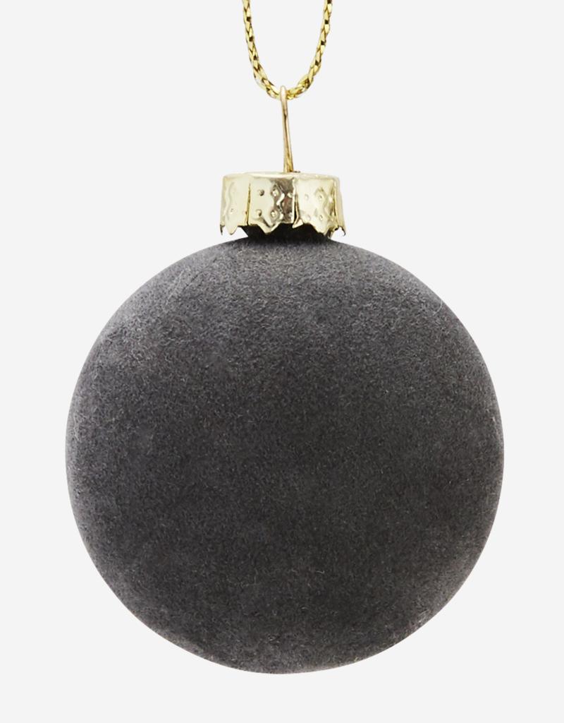Madam Stoltz Weihnachtskugel Samt grau