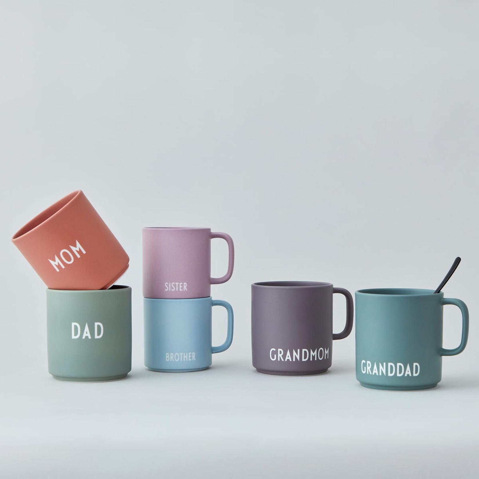 Design Letters Lieblingsbecher mit Griff