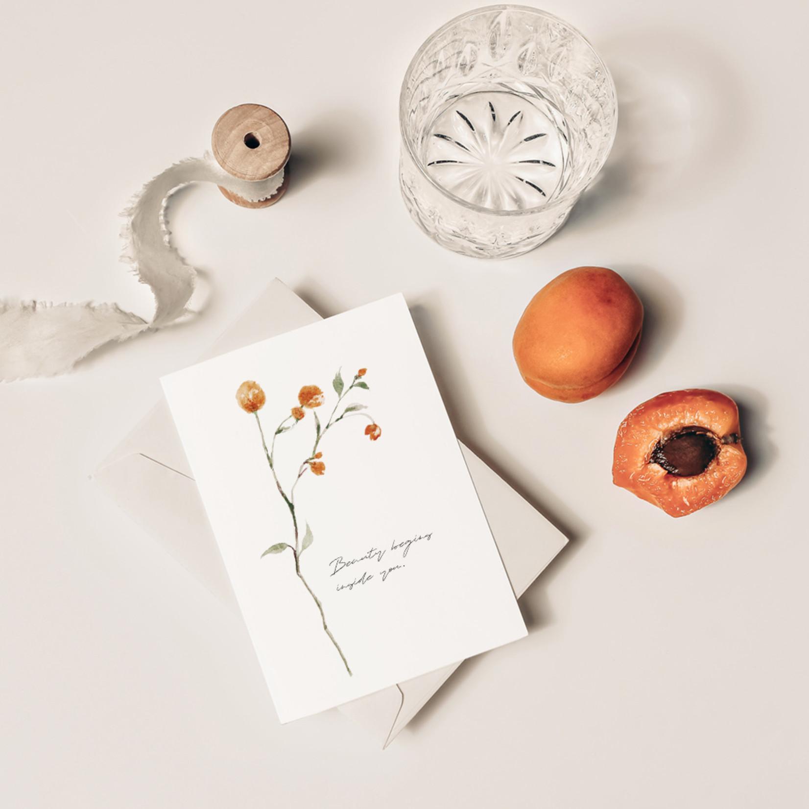 Jacqui Designs  Postkarte beauty inside you