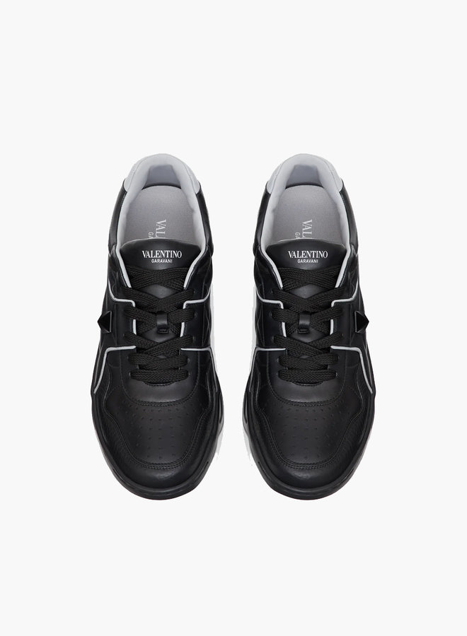 Valentino One Stud Low-Top Sneaker