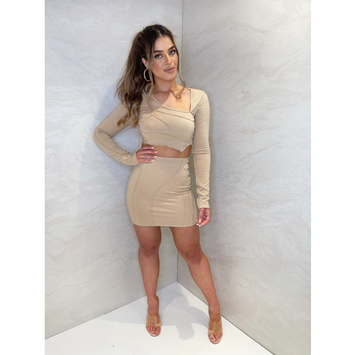 UNIQUE THE LABEL PRE-ORDER // Leya Two Piece - Sand