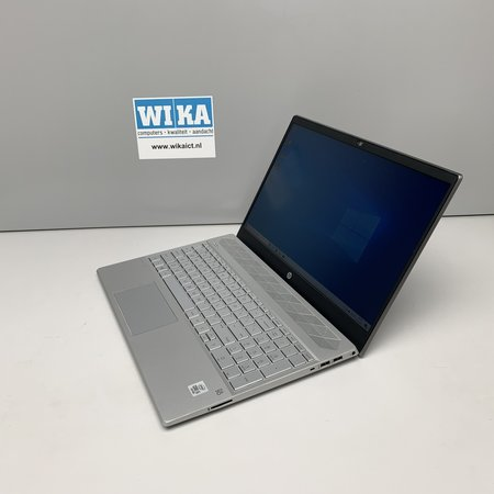 HP Pavilion 15 Intel Core i5 1.0Ghz 8Gb SSD  1TB HDD 15.6 FHD Demo laptop