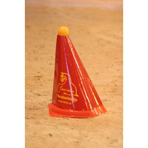 Letty's Design Cover for driving cones