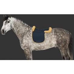 Mattes Saddlepad with fur trim and rear