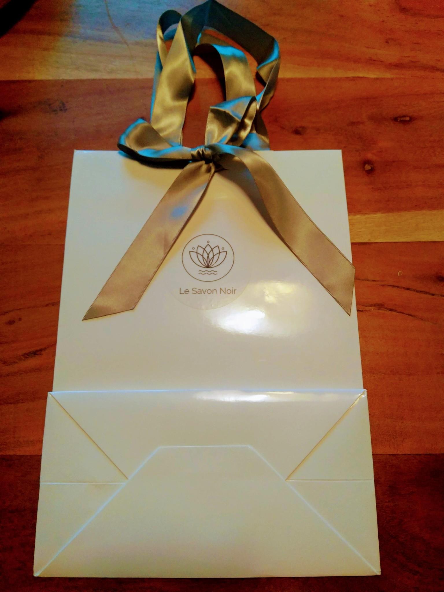 Le Savon Noir Geschenktasje met strik