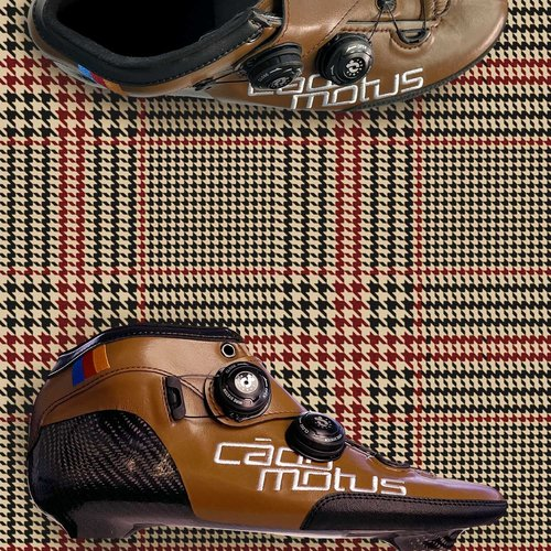 Cádomotus Ci1 iD Inline boots