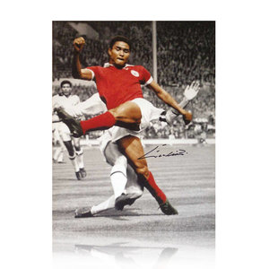 Eusebio signed Benfica photo