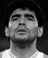 Cimeli firmati da Diego Maradona