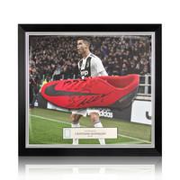 Cristiano Ronaldo scarpa da calcio firmata Nike Mercurial CR7
