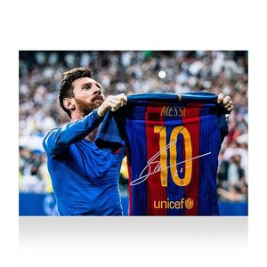 Lionel Messi signed FC Barcelona photo - El Clásico