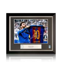 Lionel Messi signed FC Barcelona photo - El Clásico - framed