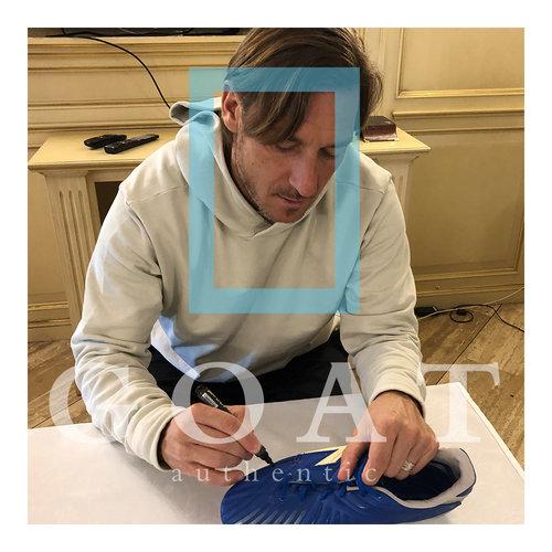 Francesco Totti signed boot Diadora - framed
