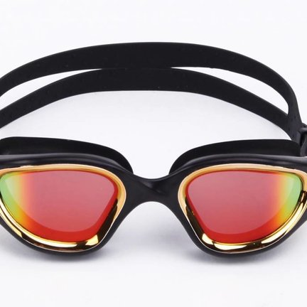 Swimming goggles for triathlon and open water swimming