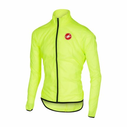 Coats and body warmers that offer protection against wind and / or rain
