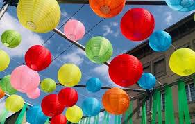 Nylon lampionnen als versiering voor uw tuin feest