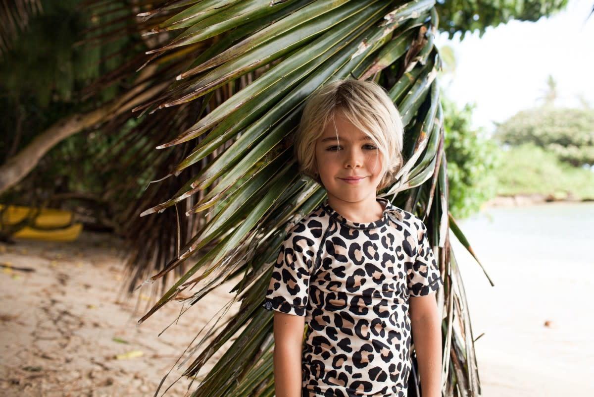 Beach & Bandits Beach & Bandits - Leopard Shark Swim t-shirt