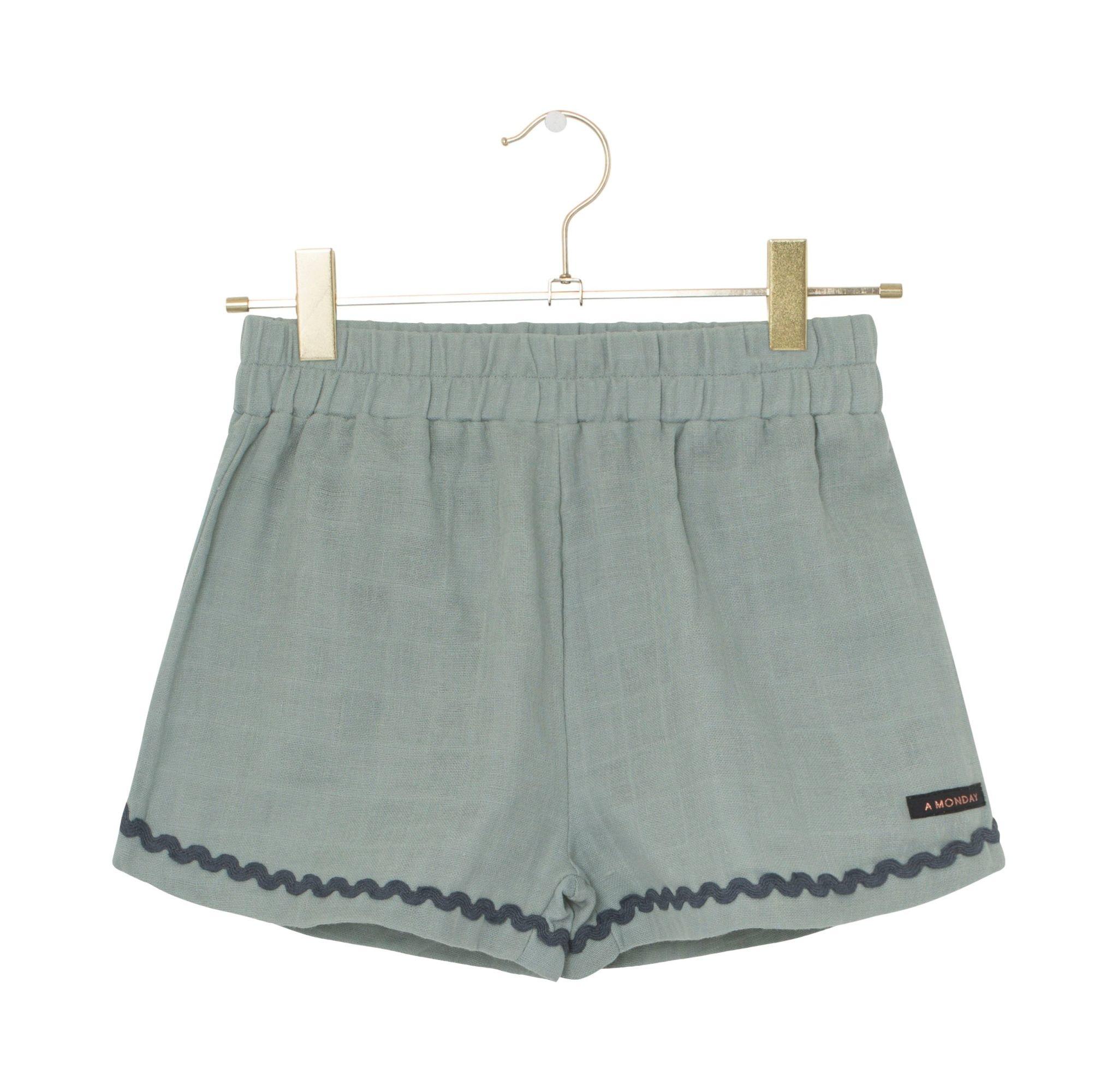 A Monday Gigi shorts Jadeite Green - A Monday