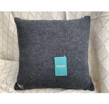 Woolish, kussen, 40x40cm, houtskool grijs