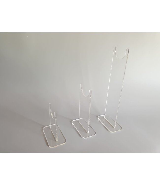 Pair Of Display Stands For Rifles (Large Version)