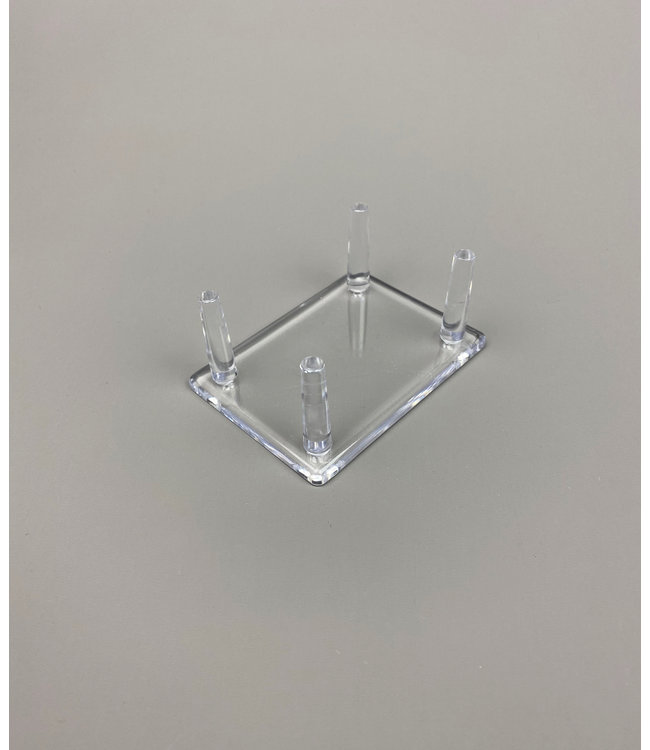 Rechthoekig Acryl 4-Pins Display / Voor Stenen / Mineralen / Fossielen / Geodes