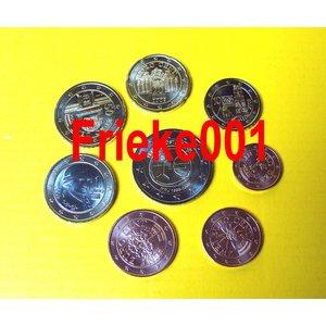 Austria 2009 unc with 2 euro comm