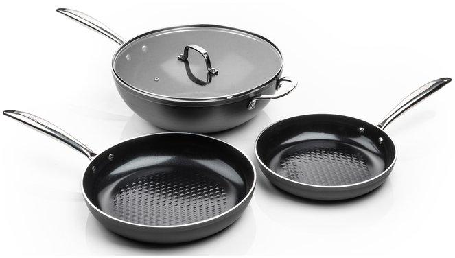 Victoria Forged combideal twee keramische koekenpannen en wok