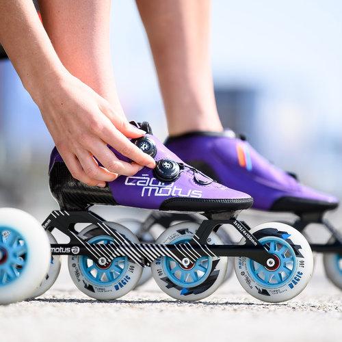 Cádomotus World Medalist speed skate