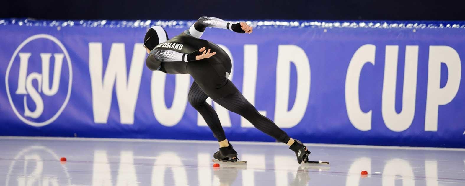 Peter Michael wint de ISU World Cup 5.000m speedskating in