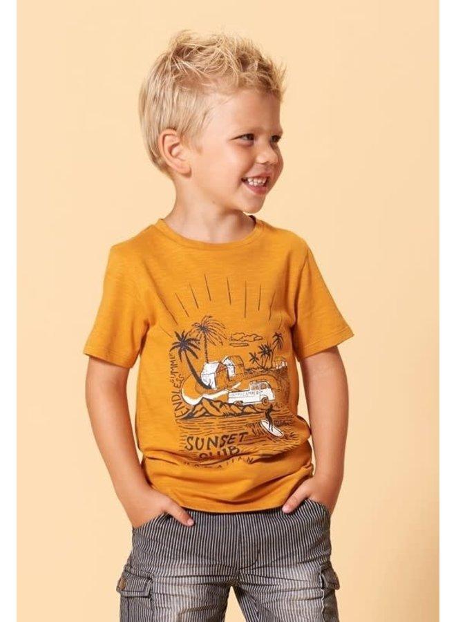 Happy Camper T-shirt Okergeel