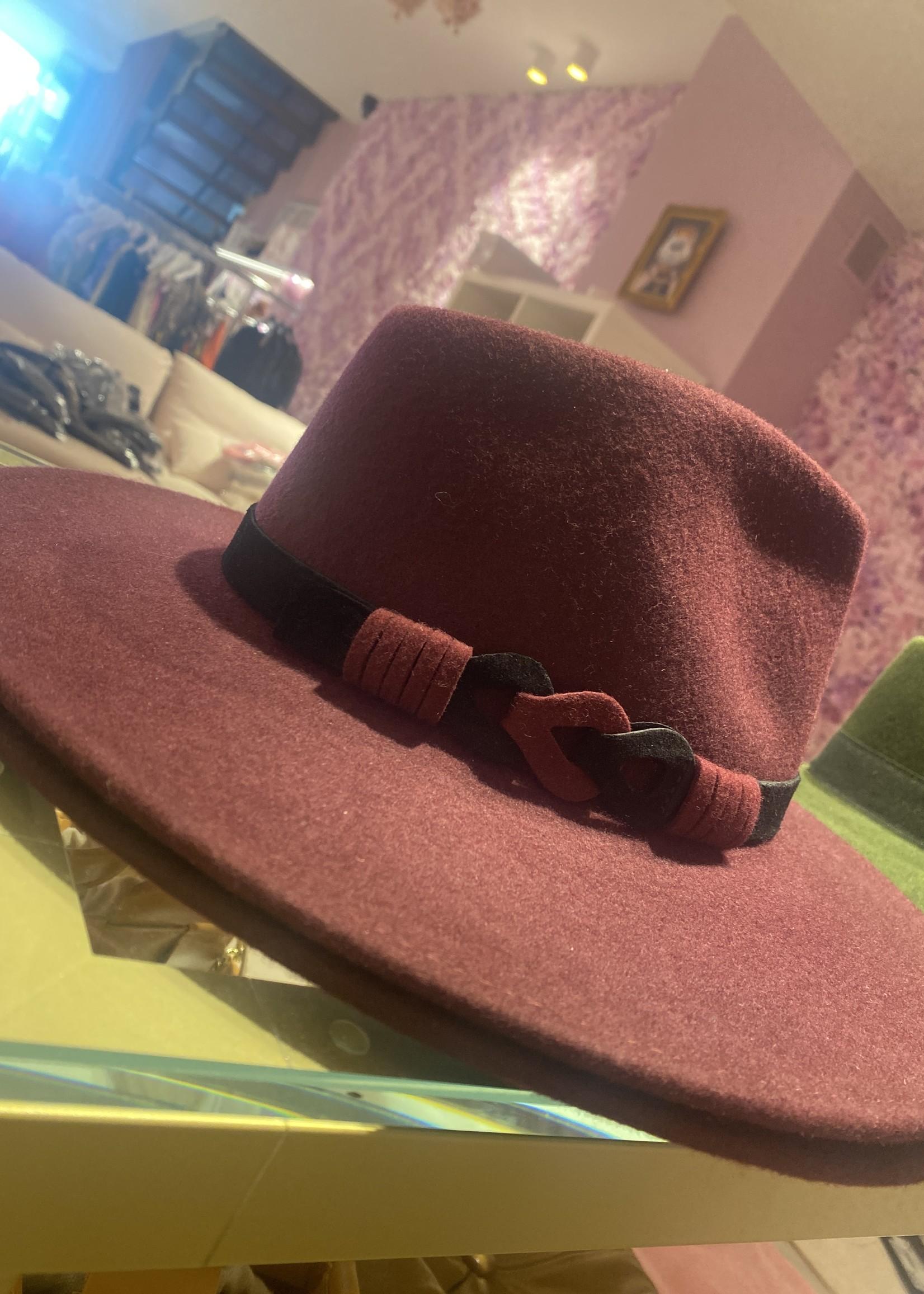 grote hoed bordeaux met zwarte band