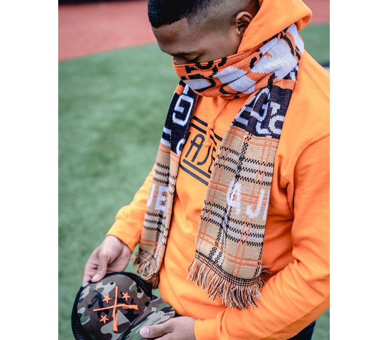 GAJES OFFENDERS SCARF